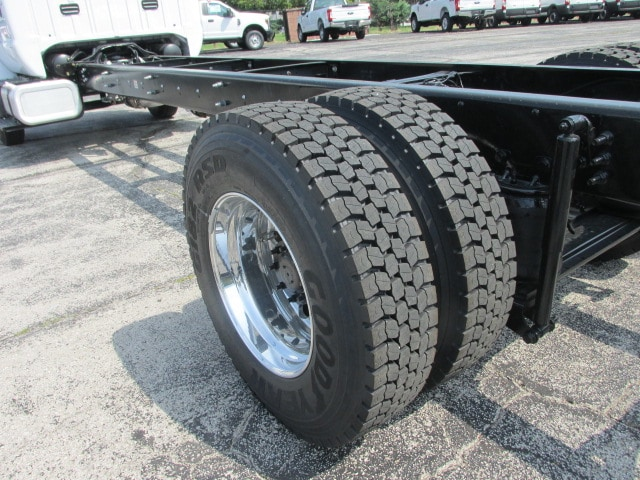 2018 F-750 Regular Cab DRW 4x2,  Cab Chassis #5968 - photo 18