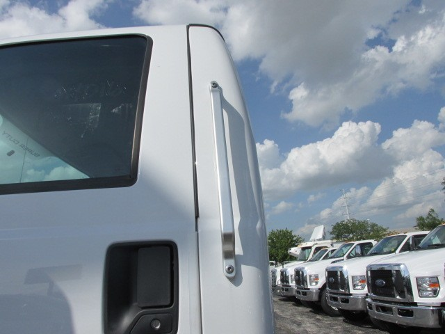 2018 F-750 Regular Cab DRW 4x2,  Cab Chassis #5968 - photo 5