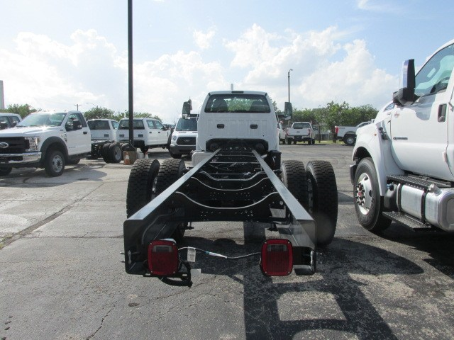 2018 F-750 Regular Cab DRW 4x2,  Cab Chassis #5968 - photo 2