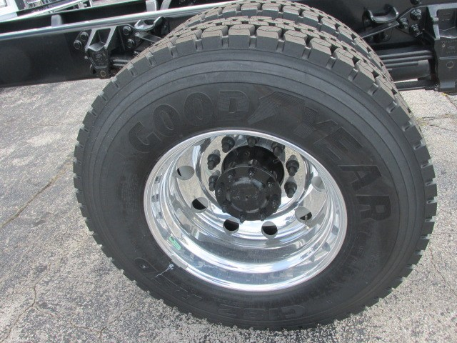 2018 F-750 Regular Cab DRW 4x2,  Cab Chassis #5969 - photo 4