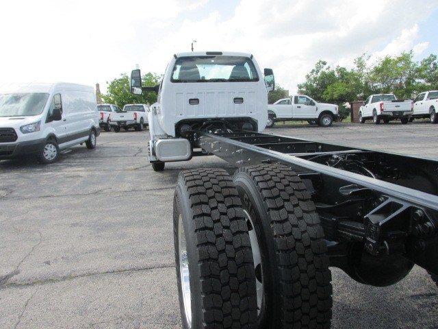 2018 F-750 Regular Cab DRW 4x2,  Cab Chassis #5969 - photo 2