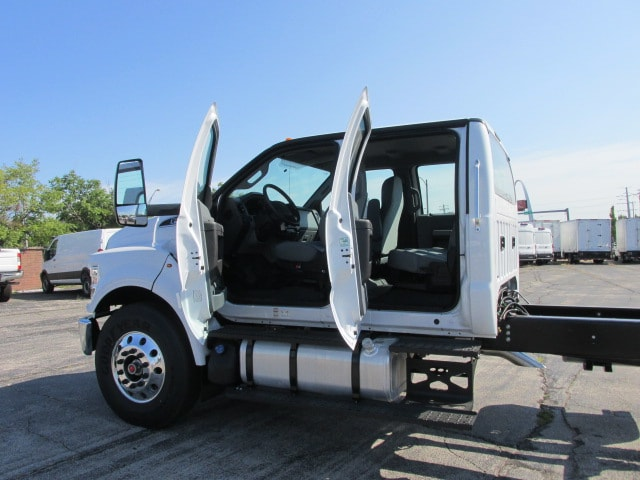 2018 F-650 Crew Cab DRW 4x2,  Cab Chassis #5981 - photo 12