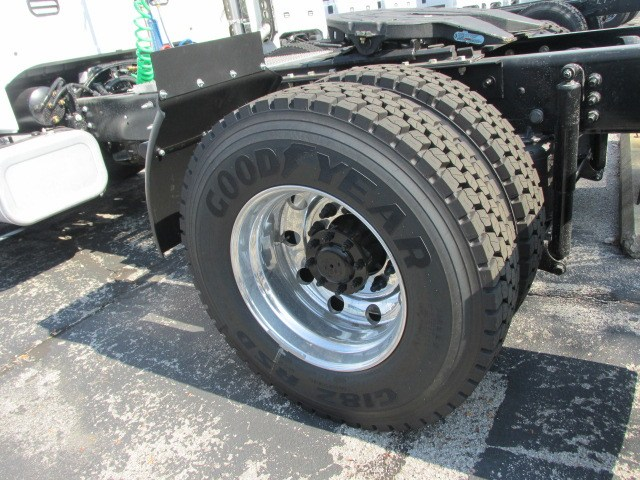 2018 F-750 Regular Cab DRW 4x2,  Cab Chassis #5988 - photo 9