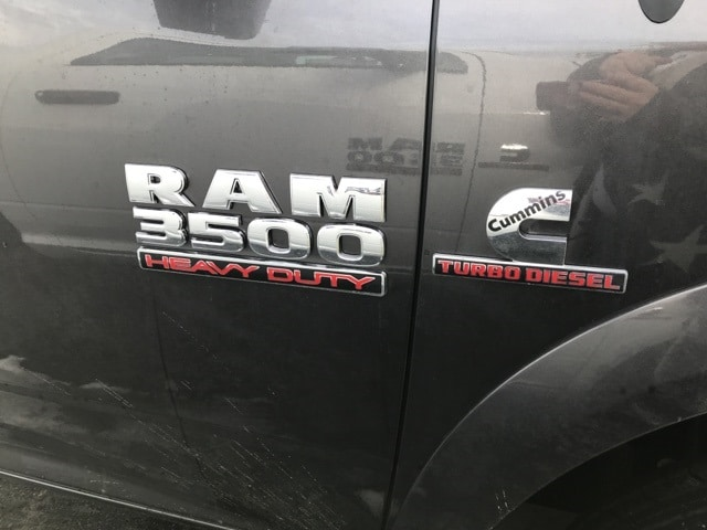 2018 Ram 3500 Regular Cab DRW 4x4,  Cab Chassis #W8526 - photo 5