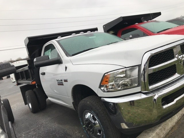 2018 Ram 3500 Regular Cab DRW 4x4,  Dump Body #W8535 - photo 4