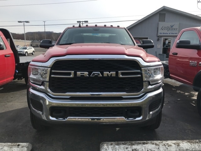 2019 Ram 5500 Regular Cab DRW 4x4,  Cab Chassis #W9260 - photo 3