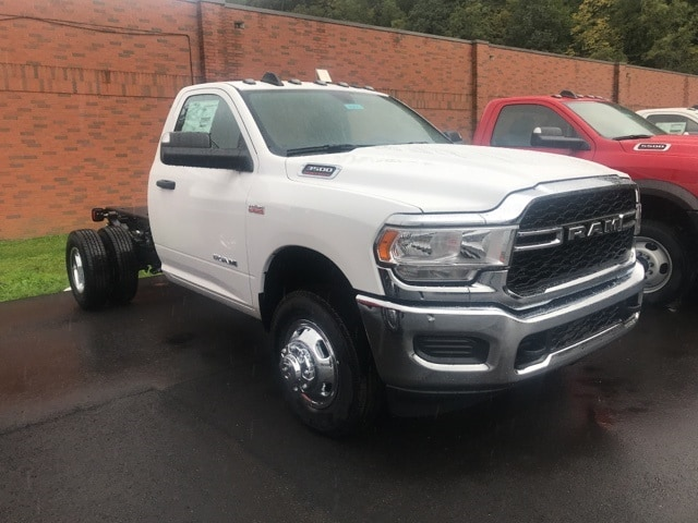 2019 Ram 3500 Regular Cab DRW 4x4,  Cab Chassis #W9421 - photo 4