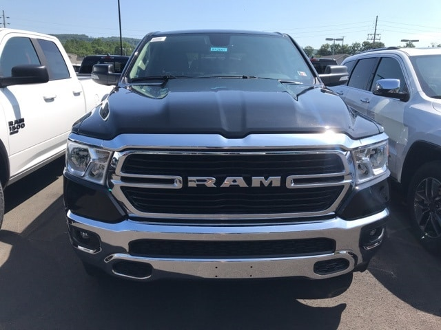 2020 Ram 1500 Crew Cab 4x4, Pickup #WA2007 - photo 3