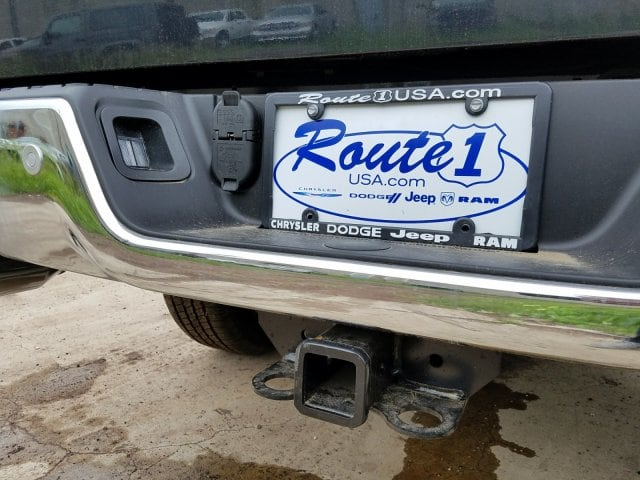2017 Ram 1500 Crew Cab 4x4 Pickup #1743092 - photo 12