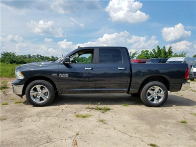 2017 Ram 1500 Crew Cab 4x4 Pickup #1743092 - photo 19