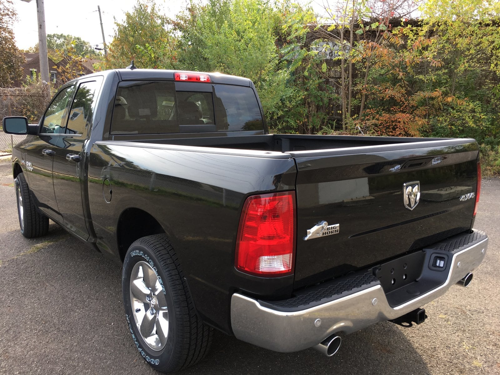 2018 Ram 1500 Quad Cab 4x4, Pickup #1843002 - photo 2