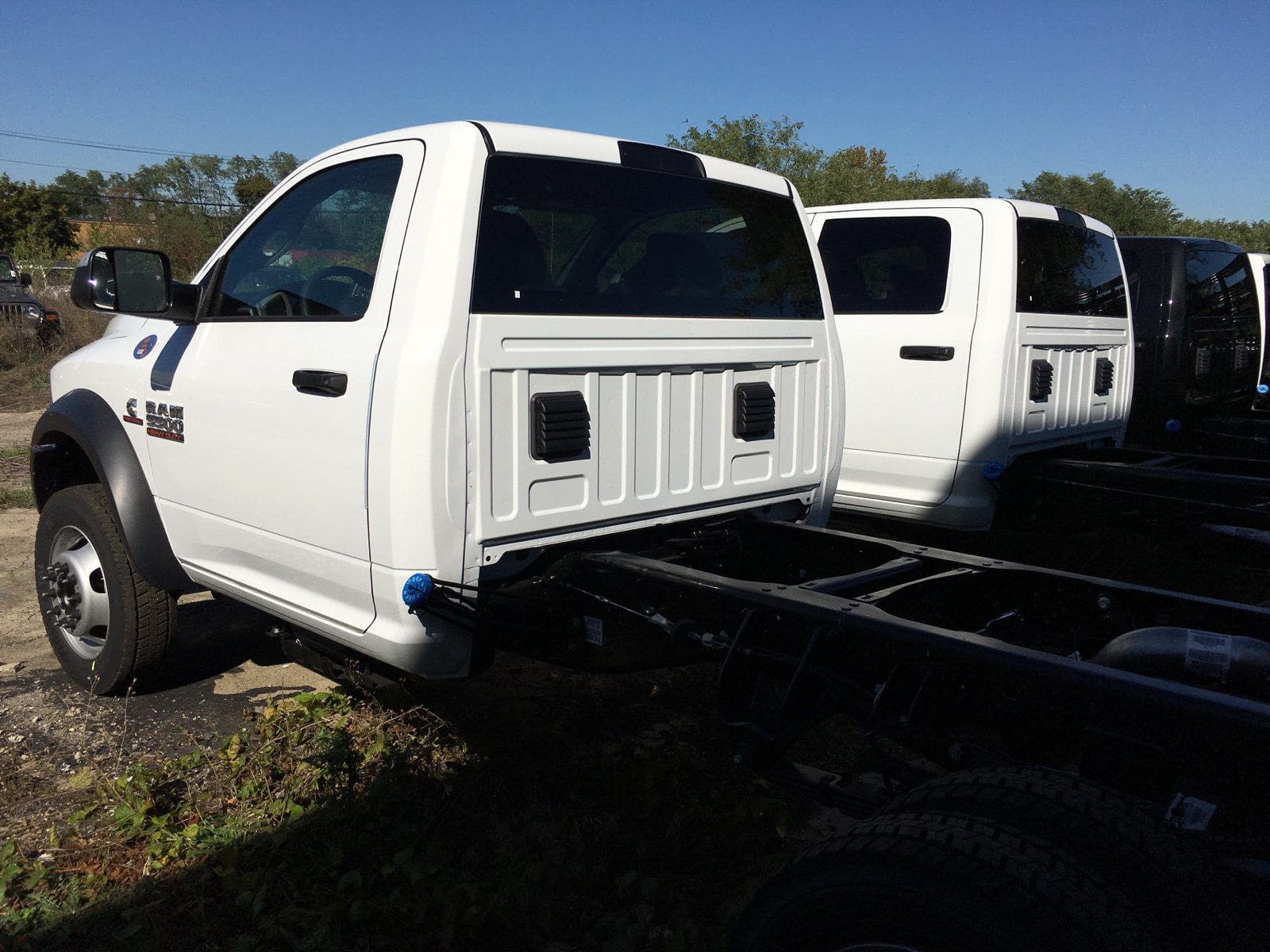 2018 Ram 5500 Regular Cab DRW 4x4, Cab Chassis #1844012 - photo 2