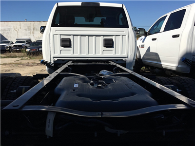 2018 Ram 5500 Regular Cab DRW 4x4, Cab Chassis #1844012 - photo 6