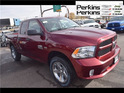 2018 Ram 1500 Quad Cab 4x4,  Pickup #558121 - photo 3