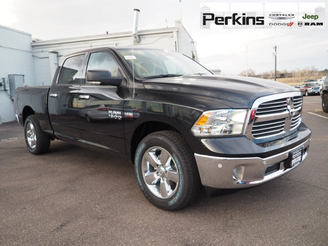 2018 Ram 1500 Crew Cab 4x4,  Pickup #558540 - photo 3