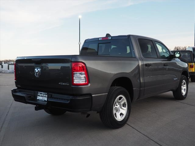 2019 Ram 1500 Crew Cab 4x4,  Pickup #559536 - photo 7