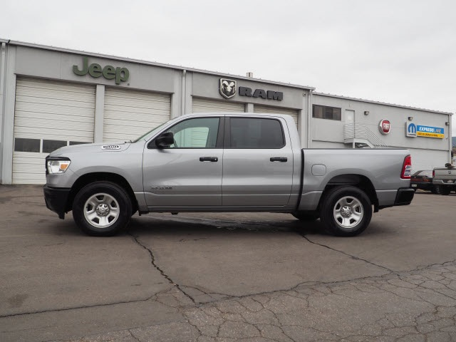 2019 Ram 1500 Crew Cab 4x4,  Pickup #559539 - photo 5