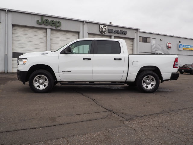2019 Ram 1500 Crew Cab 4x4,  Pickup #559540 - photo 5