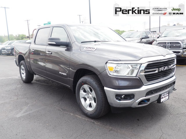 2019 Ram 1500 Crew Cab 4x4,  Pickup #559542 - photo 3
