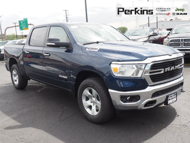 2019 Ram 1500 Crew Cab 4x4,  Pickup #559543 - photo 3
