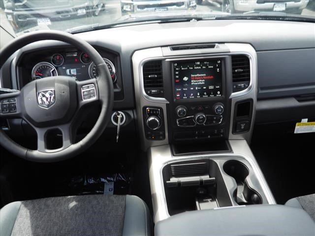 2019 Ram 1500 Crew Cab 4x4,  Pickup #559555 - photo 12