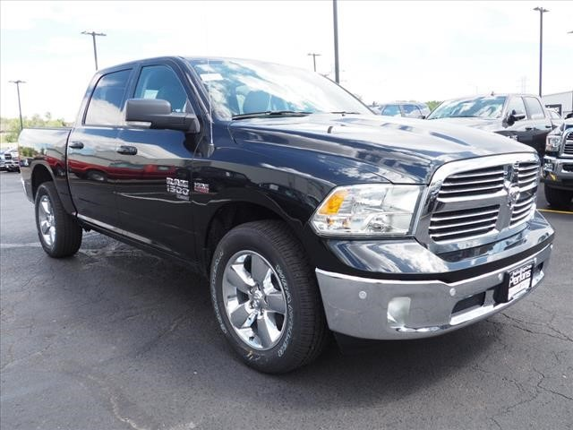 2019 Ram 1500 Crew Cab 4x4,  Pickup #559555 - photo 3