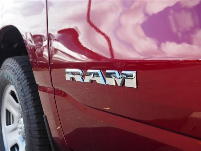 2019 Ram 1500 Crew Cab 4x4,  Pickup #559569 - photo 20
