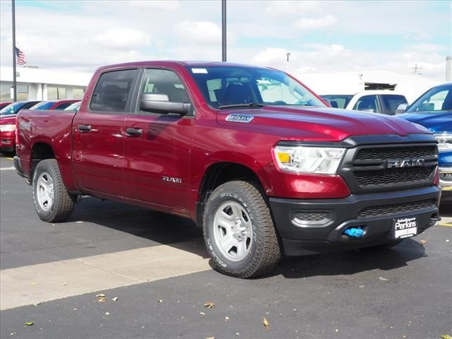 2019 Ram 1500 Crew Cab 4x4,  Pickup #559569 - photo 1