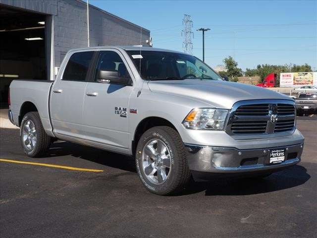 2019 Ram 1500 Crew Cab 4x4,  Pickup #559571 - photo 3