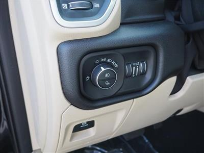 2019 Ram 1500 Crew Cab 4x4,  Pickup #559572 - photo 9