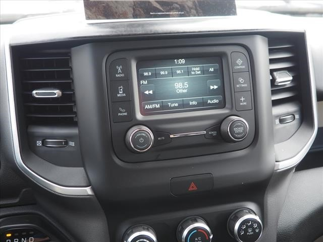2019 Ram 1500 Crew Cab 4x4,  Pickup #559589 - photo 15