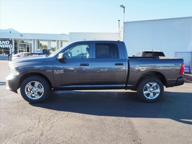 2019 Ram 1500 Crew Cab 4x4,  Pickup #559616 - photo 7