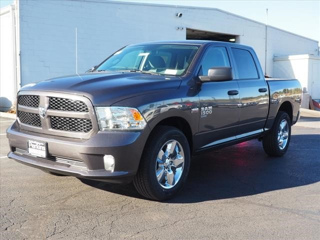 2019 Ram 1500 Crew Cab 4x4,  Pickup #559616 - photo 1