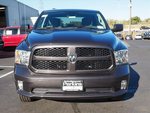 2019 Ram 1500 Crew Cab 4x4,  Pickup #559616 - photo 8