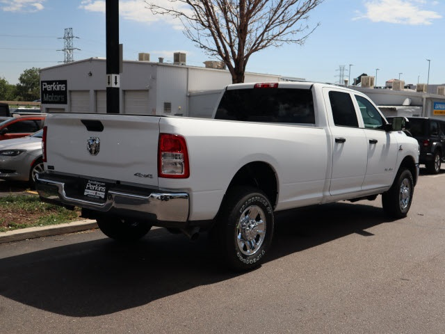 2020 Ram 3500 Crew Cab 4x4, Pickup #590114 - photo 2