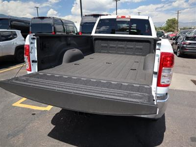 2020 Ram 3500 Crew Cab 4x4, Pickup #590114 - photo 13