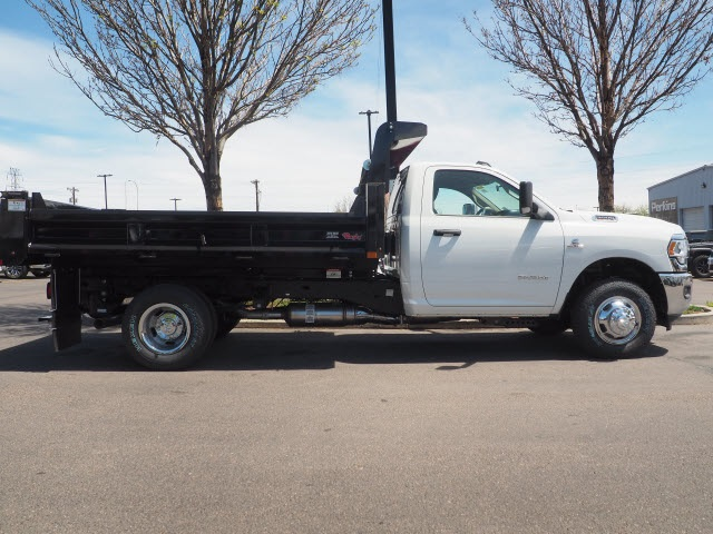 2020 Ram 3500 Regular Cab DRW 4x4, Rugby Dump Body #590902 - photo 4