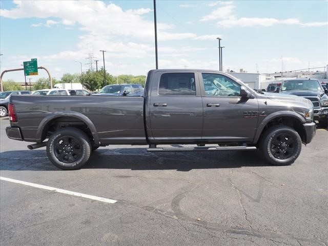 2018 Ram 3500 Crew Cab 4x4,  Pickup #598136 - photo 8