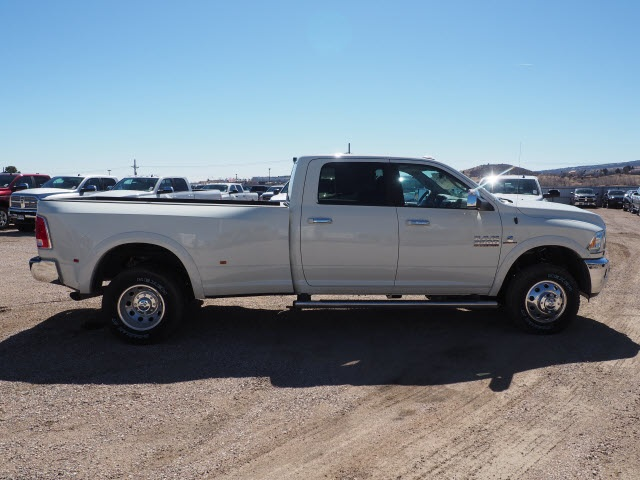 2018 Ram 3500 Crew Cab DRW 4x4,  Pickup #598146 - photo 5
