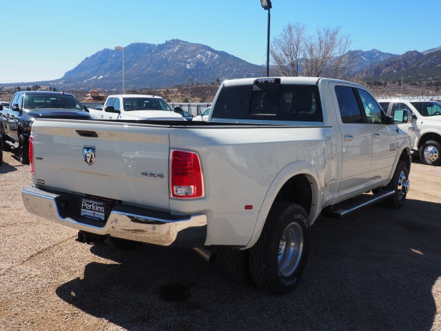 2018 Ram 3500 Crew Cab DRW 4x4,  Pickup #598146 - photo 6