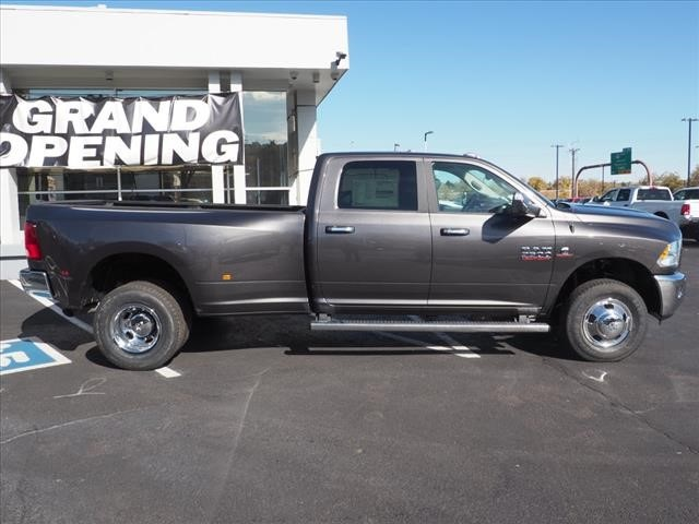 2018 Ram 3500 Crew Cab DRW 4x4,  Pickup #598152 - photo 4