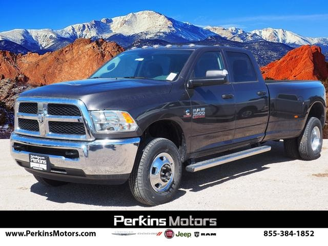 2018 Ram 3500 Crew Cab DRW 4x4,  Pickup #598156 - photo 1