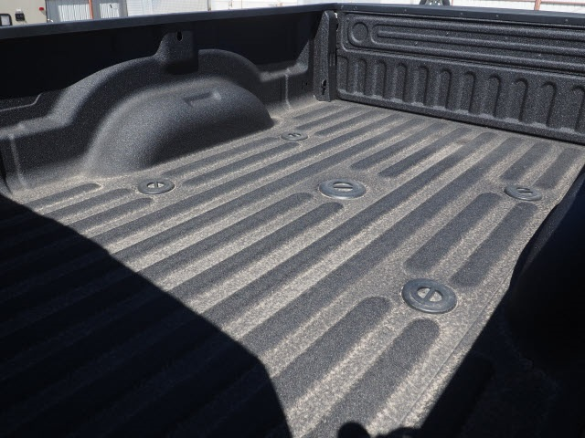 2018 Ram 3500 Crew Cab DRW 4x4,  Pickup #598156 - photo 10