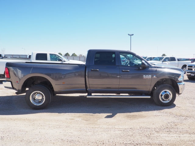 2018 Ram 3500 Crew Cab DRW 4x4,  Pickup #598156 - photo 5