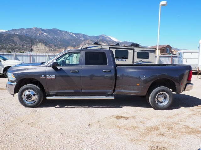 2018 Ram 3500 Crew Cab DRW 4x4,  Pickup #598156 - photo 8