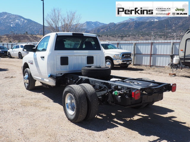 2018 Ram 3500 Regular Cab DRW 4x4,  Cab Chassis #598906 - photo 2
