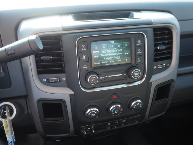 2018 Ram 3500 Regular Cab DRW 4x4,  Cab Chassis #598908 - photo 19