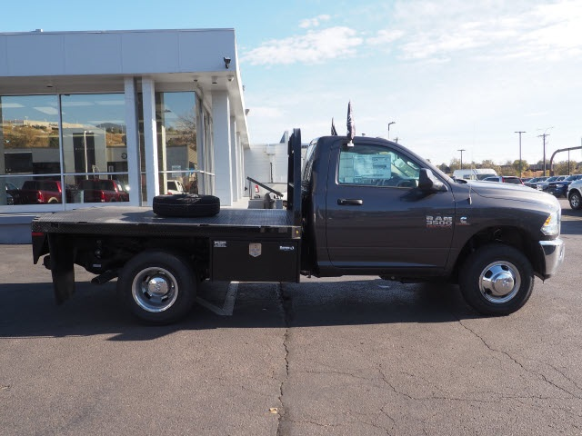 2018 Ram 3500 Regular Cab DRW 4x4,  Cab Chassis #598908 - photo 6