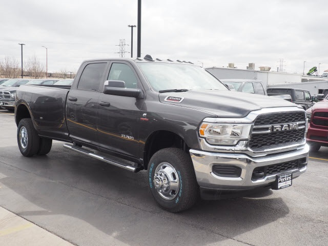 2019 Ram 3500 Crew Cab DRW 4x4,  Pickup #599101 - photo 4
