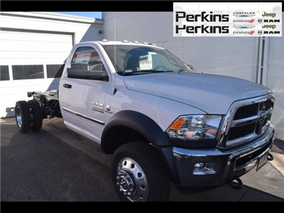 2018 Ram 4500 Regular Cab DRW 4x4,  Cab Chassis #678001 - photo 3